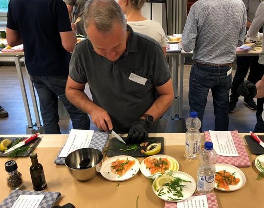 Workshop gezonde 3 gangen maaltijd maken | Kookworkshop gezonde maaltijd maken | Kookworkshop op locatie | Workshop gezond gezondheidsprogramma | Leuke gezonde workshop | Kookworkshop voor grote groepen | Workshop gezonde lunch maken | Workshop gezonde hapjes maken | Werk | Collega's | Bedrijven